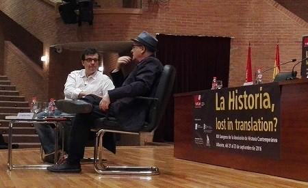 DIÁLOGO ENTRE JAVIER CERCAS Y JUSTO SERNA