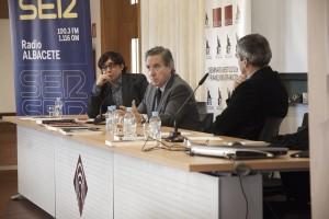 VIII JORNADAS-Iñaki Gabilondo, Manuel Ortiz y Damián González